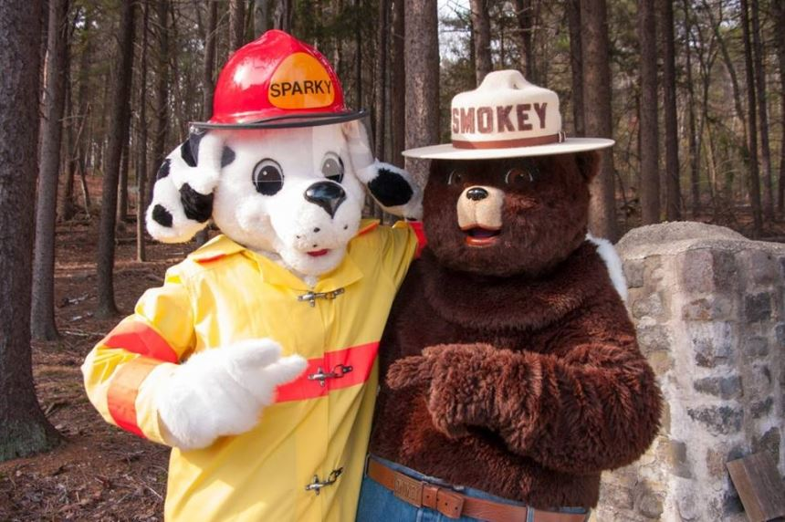 sparky-and-smokey Opens in new window