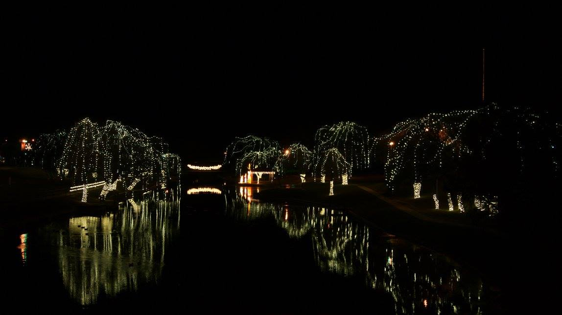 Christmas on the Creek 2014